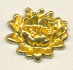 34x29mm Dapped Brass Flowers