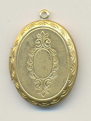 1 1/8'' by 1'' Patterned Locket