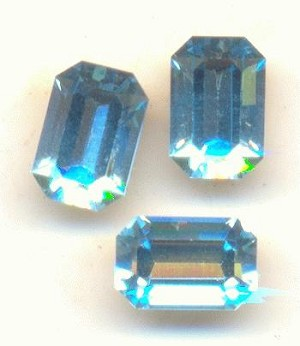 6x4mm Swarovski Aquamarine Octagons