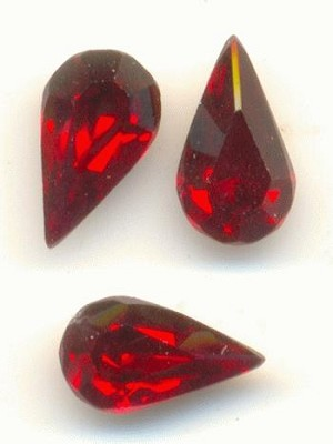 7x4mm Swarovski Ruby Pear RS
