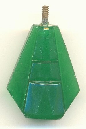 29x24mm Leaf Green Deco Finial