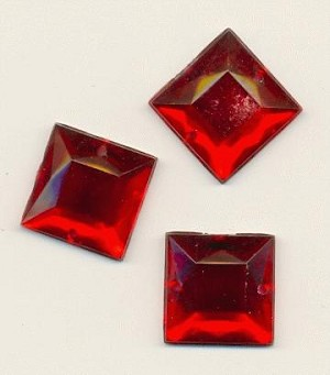 16mm Red Square Acrylic Sew On RS