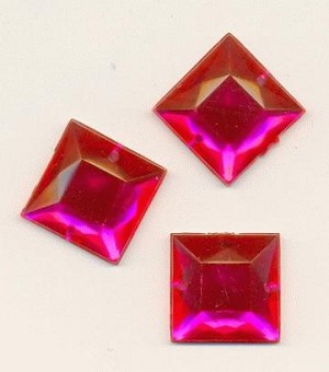 16mm Fuchsia Square Acrylic Sew On RS