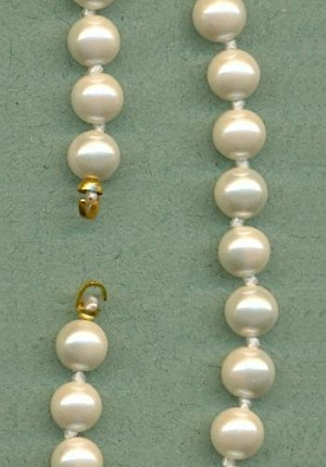 22'' 6mm Glass Pearl Strands
