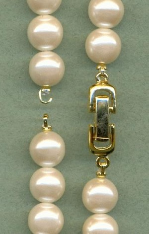 12'' Acrylic White Pearl Strand