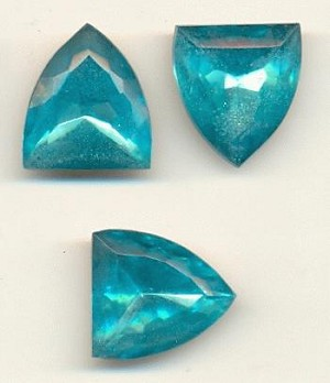 18x16mm Mixed Aquamarine Shield RS