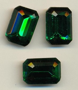 16x11mm Emerald Octagons