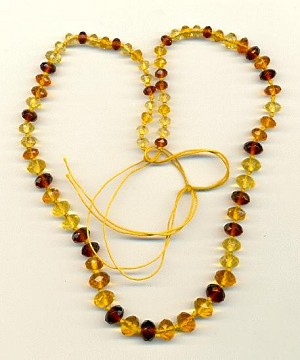 15'' FP Topaz Faceted Glass Necklace