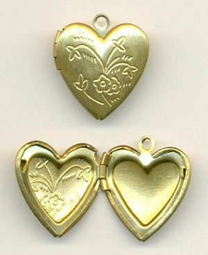 12x10mm Floral Pattern Heart Lockets