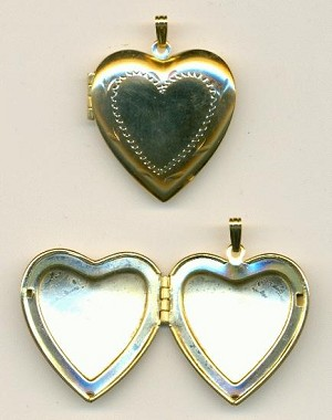34x31mm GP Etched Heart Lockets