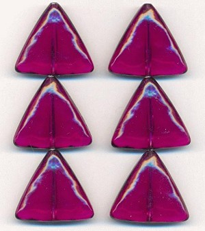 25mm Transparent Amethyst Triangle Beads