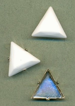 20mm White Triangle Stone, SP Sew-On Set