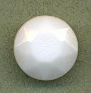 60ss Opaque White Faceted Stone
