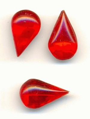13x7.8mm LT Siam Ruby Pear RS