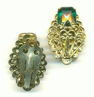 26x17mm Antique Gold Ear Clips W/ RS