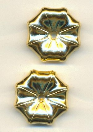 25mm Gold Metalized Plastic Flower Beads