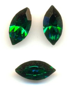 8x4mm Swarovski Emerald Navette RS
