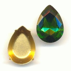 18x13mm Chinese Grass Green Pear/Setting