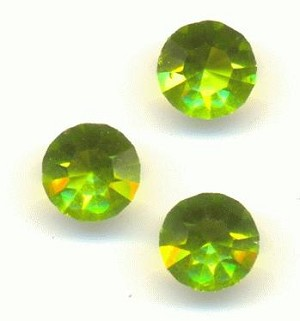 29ss Transparent Olivine MC Faceted RS