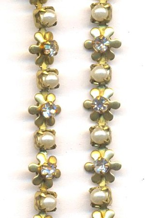 Swarovski Pearl and Clear Daisy Chain