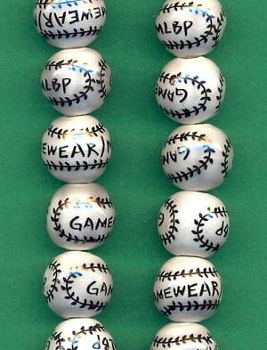 13.5mm Ceramic Baseball Beads