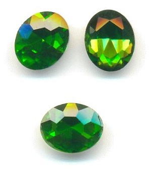 10x8mm Grass Green Oval RS