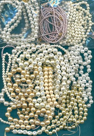 Mixed Lot of Acrylic and Glass Pearls