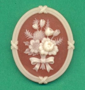 41x34mm Peach & Ivory Floral Cameo