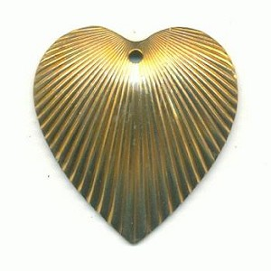 25x23mm Corrugated Brass Heart Charms