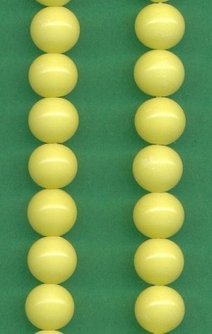8mm Pale Yellow Glass Beads
