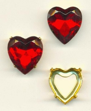 20mm Siam Ruby Heart, GP Sew-On Set